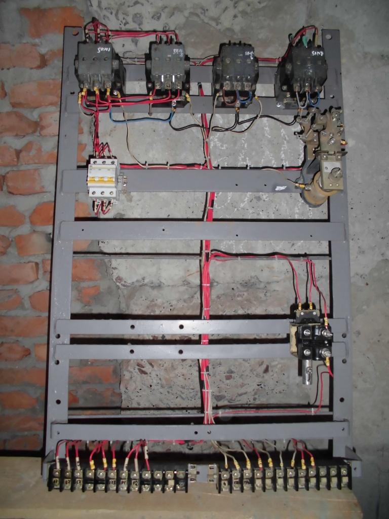 paneli-upravlinnya-bashtovogo-krana-kb-308-ternopil-1